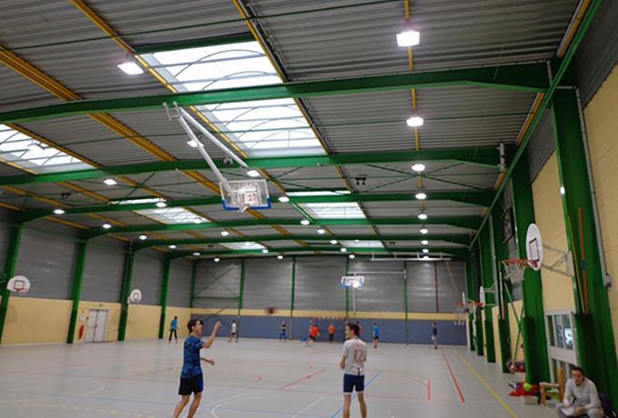 éclairage led économie énergie complexe sportif