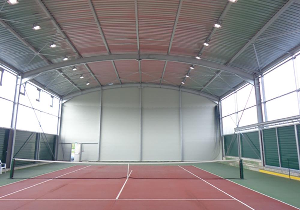 Projecteurs Led terrains tennis couvert Pouilly En Auxois