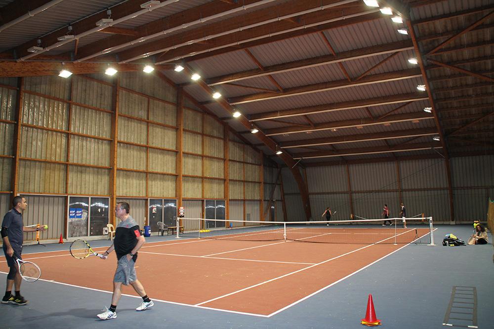 éclairage Led Tennis Court Resine Couvert Hettange Ledustry