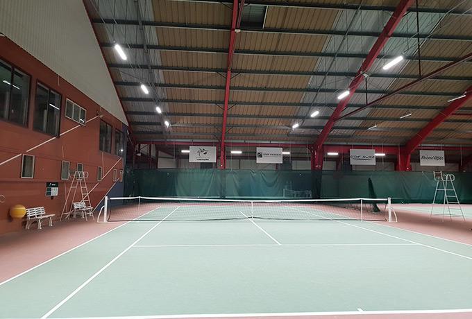 projecteur Led haute performance court de tennis