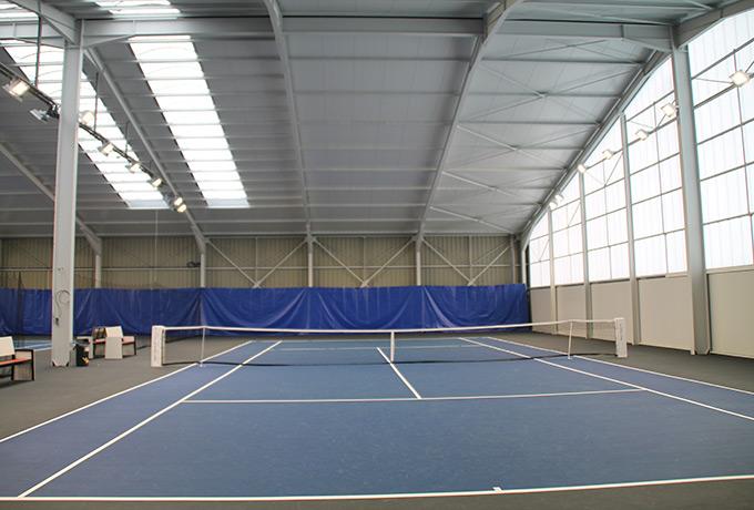 éclairage led développement durable tennis couvert