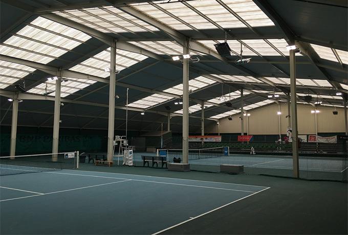 projecteur Led haute performance terrain tennis