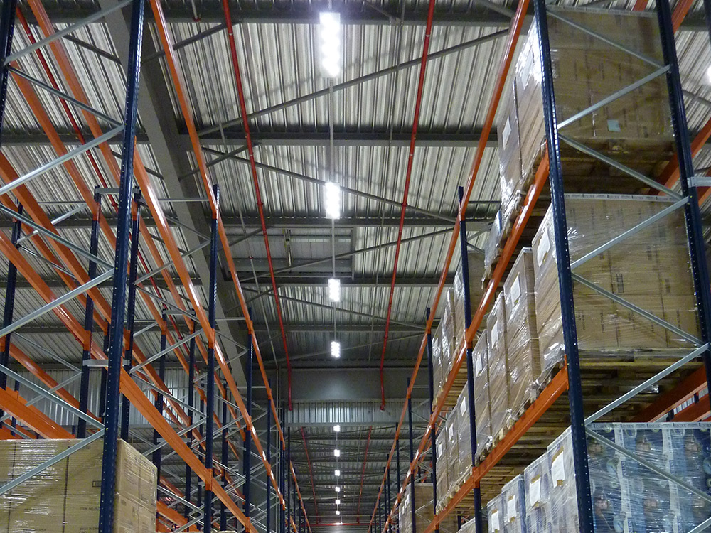 projecteurs led zone de stockage industrie
